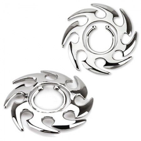 Clip on nipple ring with saw blade