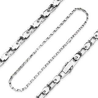Link necklace with bike chain linkes made of surgical steel