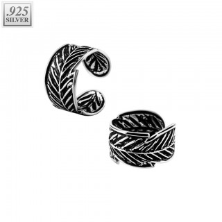 Ear cuff of .925 sterling silver with feather pattern