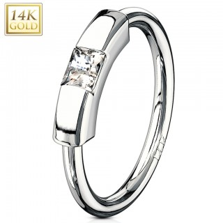 14 Kt. gold segment ring with clear princess cut crystal
