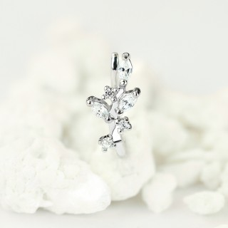 Silver nose clip piercing with clear crystal vine