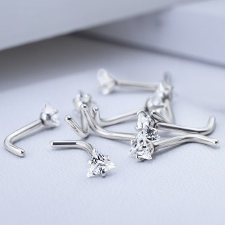 Nose stud with clear triangle crystal