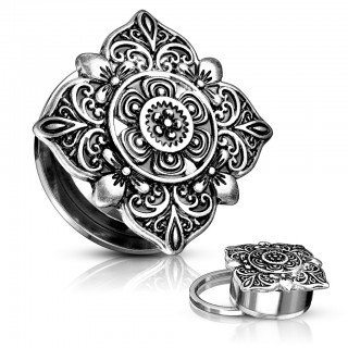 Screw fit plug with floral filigree square top
