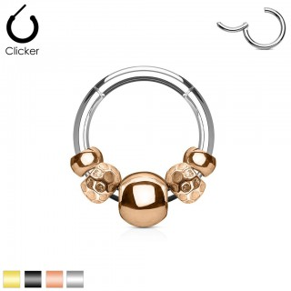Segment ring with hinged segment and coloured charms