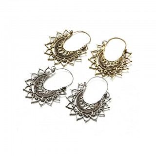 Antique vintage designed sunburst filigree earrings