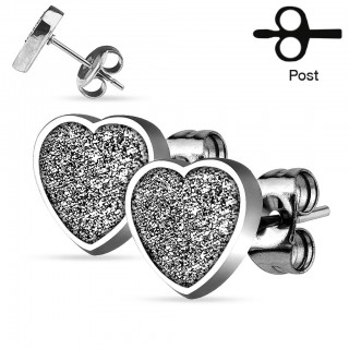 Earrings with glimmering love heart